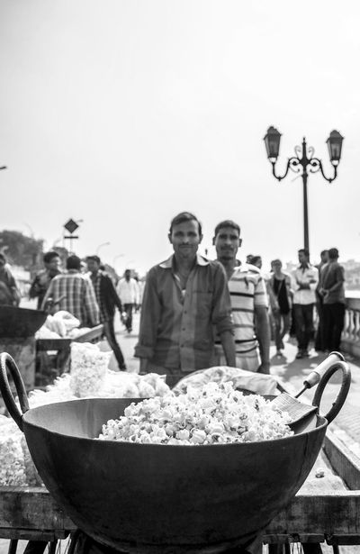 Popcorn Man Check This Out India Incredible India Cheese! Streetphotography Streetphoto_bw Bnw Blackandwhite Black & White Black&white