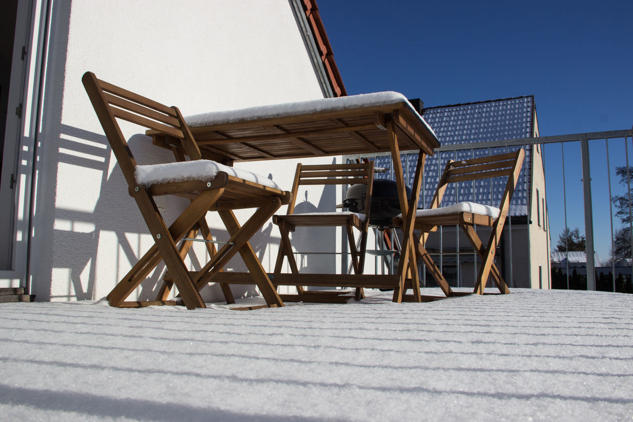"""""""sunny winter day at home"""" Balcony Balcony View City Life Cityscape Cold Temperature Day Drilling Rig Free Time Furniture Garden Home Home Sweet Home No People Outdoor Outdoors Peace And Quiet Sky Snow Snow ❄ Sun Sunlight This Week On Eyeem Winter Winter Winter Time"""