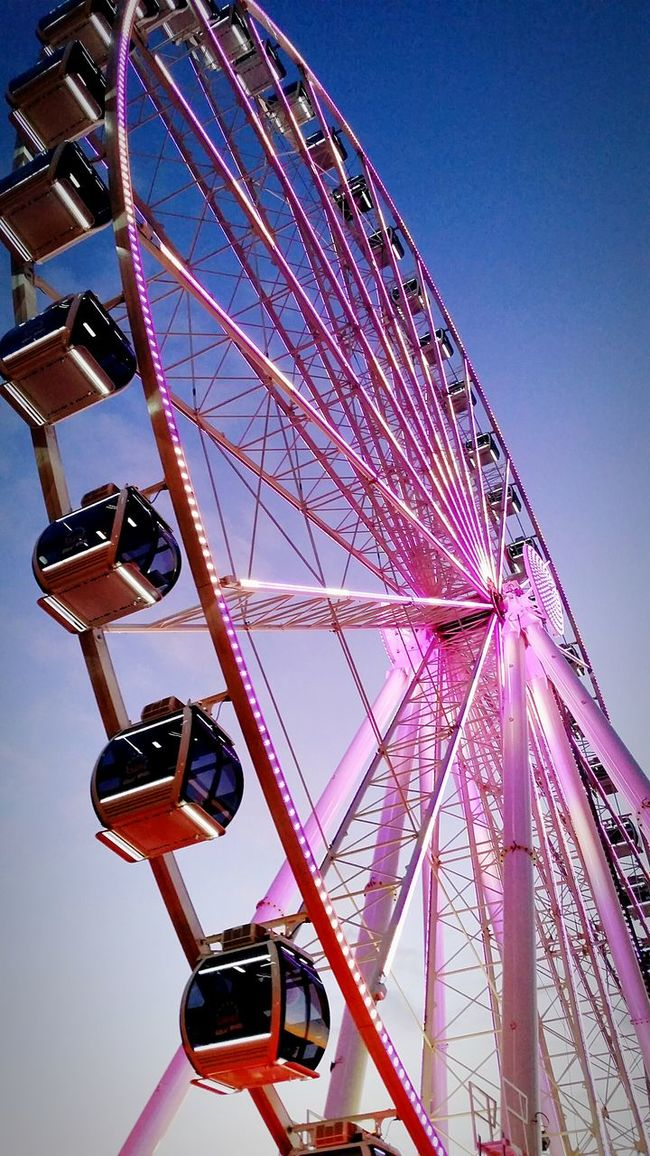 Seattle Ferris Wheel Washington State Seattlesbest Bold Colors Blue Sky EyeEm Best Shots Turn Your Lights Down Low No People EyeEm Gallery Sky Skyporn Sky_collection Seattle Seattle's Best Taking Photos Lookingup Check This Out Leading Lines Sky_ Collection