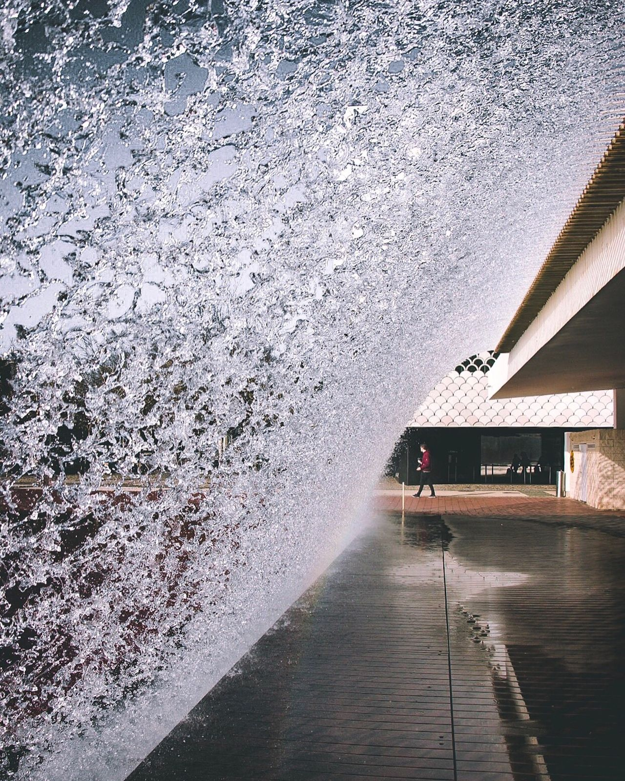Freezing motion! Water Nature Outdoors Cold Temperature Road Built Structure Day Illuminated No People Architecture Beauty In Nature Sky EyeEm EyeEm Gallery EyeEm Best Shots Lisbon