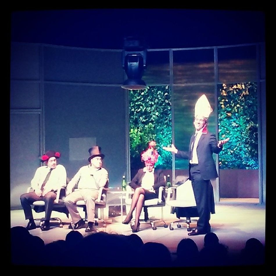 """როგორც იქნა, ვნახე """"გრონჰოლმის მეთოდი"""". ჩხეიძის სისადავე, ზომიერება და აზროვნებაზე გადატანილი აქცენტი... perfect :) Theater Play Art MarjanishviliTheatre"""