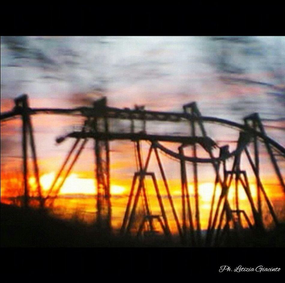 Katun sunset Mirabilandia🎡🎢🎠 Sunset Enjoying Life Roller Coaster Live, Love, Laugh Artistic Lovephotography