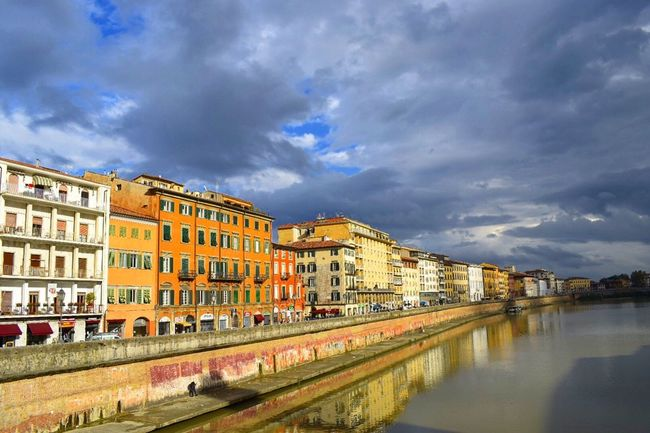 Pisa Case Houses Sky Clouds River Colours City Tuscany Toscana View Bridge Vista Atmosphere Architecture Italy Italia