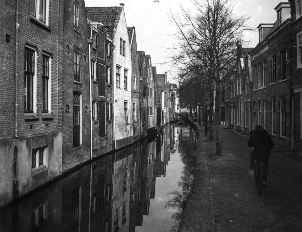 Vintage Alkmaar Alkmaar Analog Architecture B&w Blackandwhite Building Exterior Built Structure City Day Film Monochrome Netherlands Nostalgia Outdoors Tree Vintage