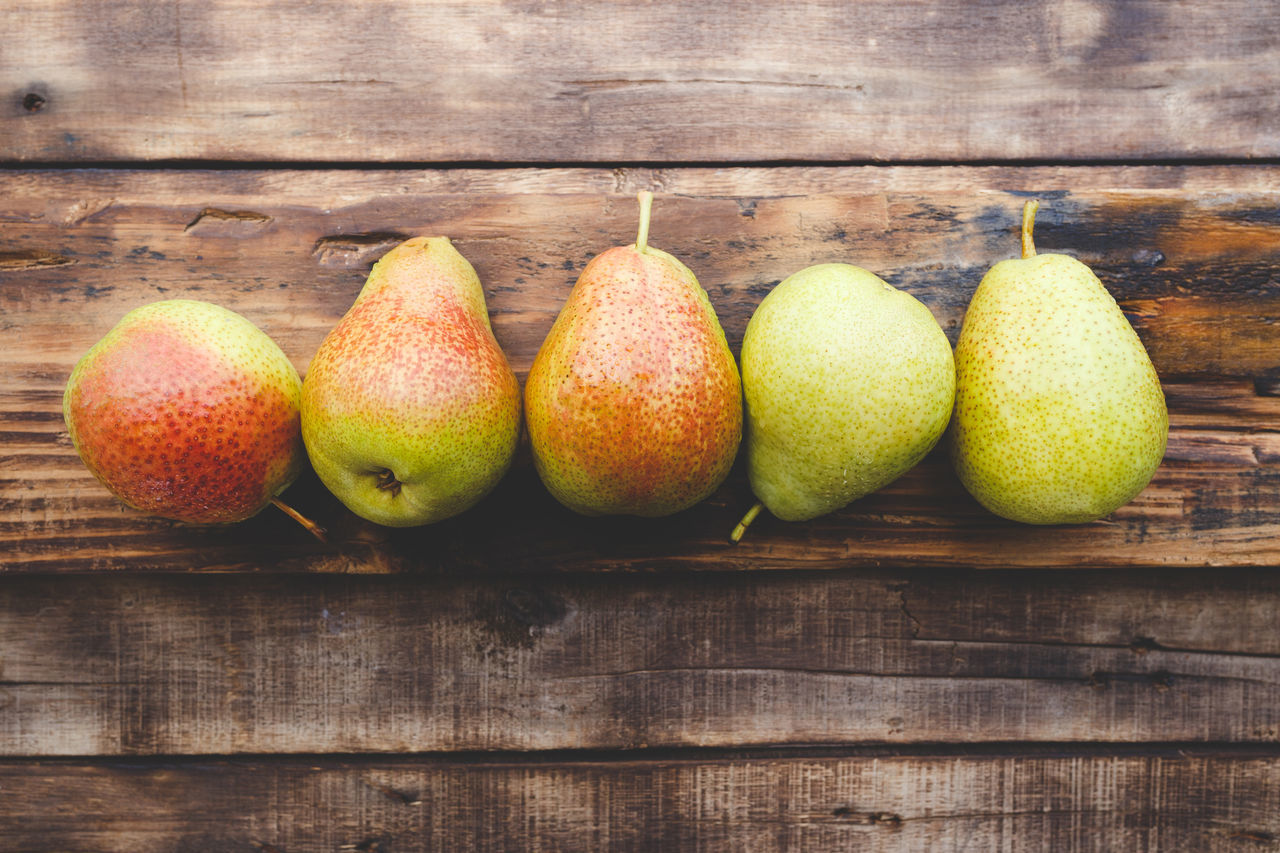 5 Forelle Pears Agriculture Art ASIA Backgrounds Darkness And Light First Eyeem Photo Food Food And Drink Fresh Fruit Healthy Eating Old Wood Paper Pear Pure Raw Sunlight Sweet Tasty Vietnam Vitamin