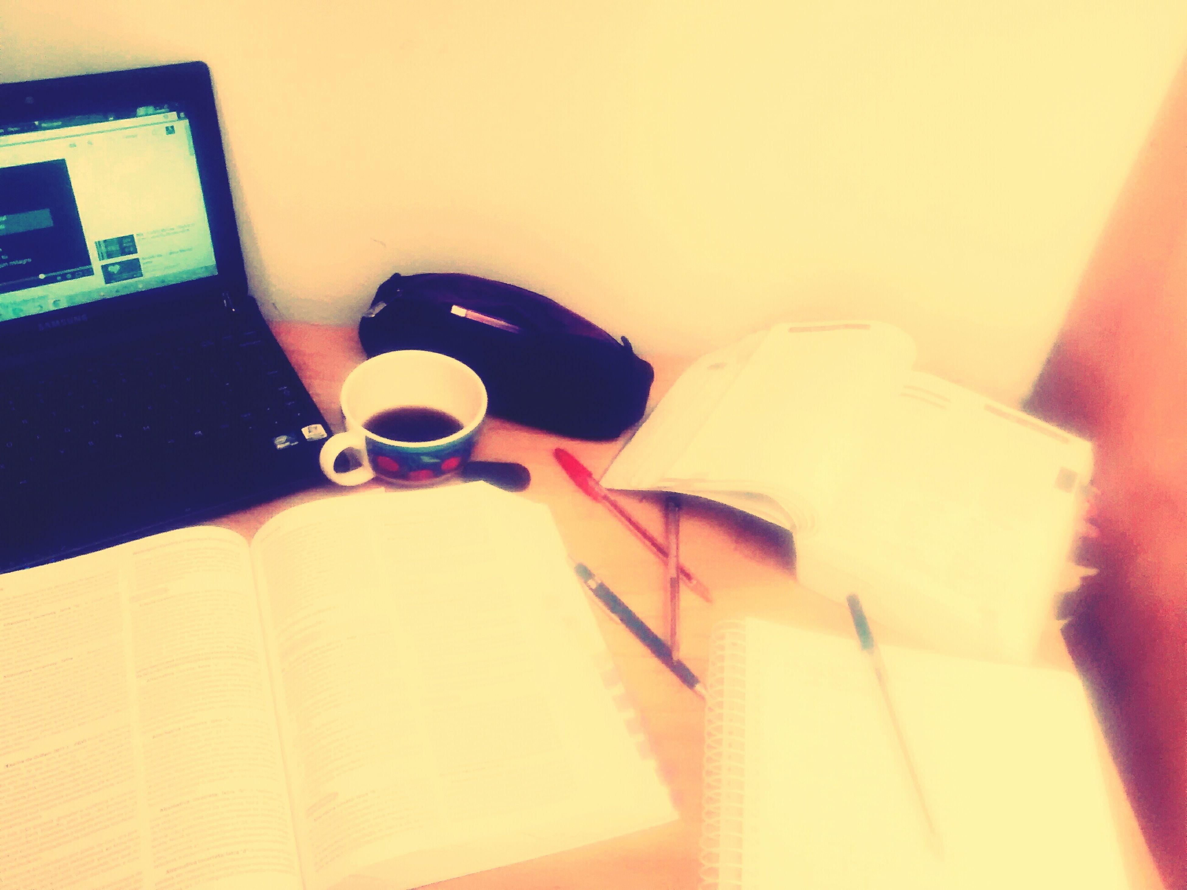 Estudar para não deixar cabeça vazia!! Projetoadvogata ???