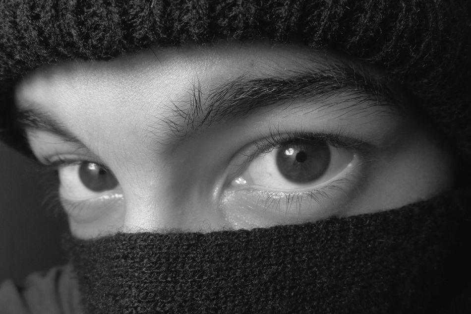 Frio de otoño Otoño 🍁 Invierno Frio Buenosaires Bufanda Gorrito Mirada  Eyes Brown Eyes Ojos