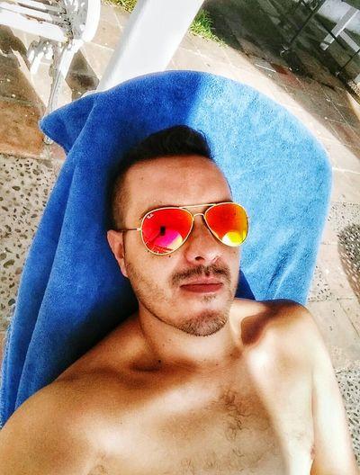 Relaxing Beach Selfie Faces Of EyeEm Its Me Hi! Be Happy Enjoying Life That's Me Life Is A Beach