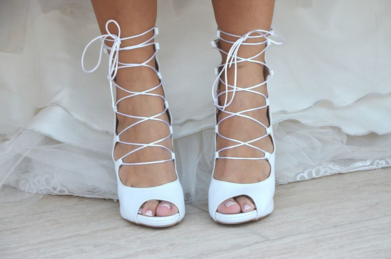 Shoe Shoes Shoes Of The Day Shoelaces Laces Wedding Wedding Photography Wedding Day Weddingshoes Wedding Shoes Bride Low Section One Person Close-up Adult People Human Body Part Feet White White Color My Year My View EyeEm Best Shots
