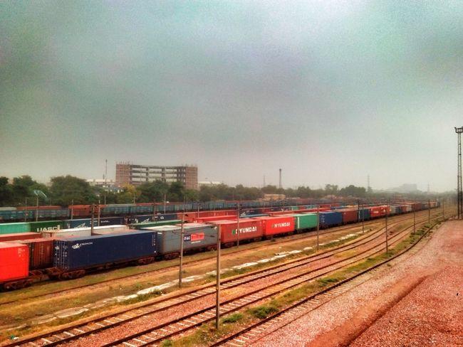 Rainy Day Beautiful View Nature Nature Photography The Great Outdoors - 2015 EyeEm Awards Hello World ✌ Good Morning✌♥ Hi! Metro Railroad Tracks