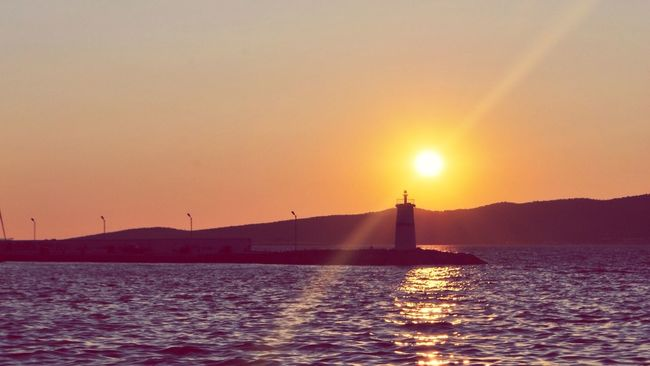 Let the sunshine in vol.2 Sun Ege From My Point Of View Fresh On Eyeem  Sunshine Sunset_collection Traveling Ayvalık The Tourist Aegean Sea Sea Turkey Sunset Taking Photos Hanging Out The Great Outdoors With Adobe Street Photography Light House Deniz Feneri Guide