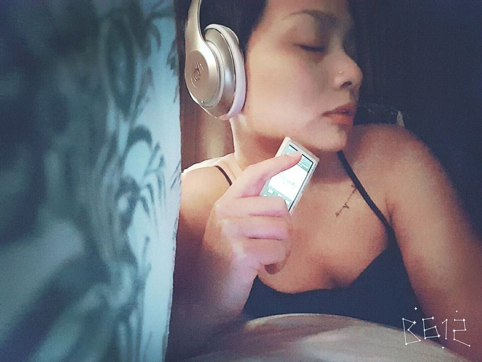 Music always good idea... Listening To Music Music Makes Me Calm Chill Getting Inspired Just Doing My Thing Take It Easy