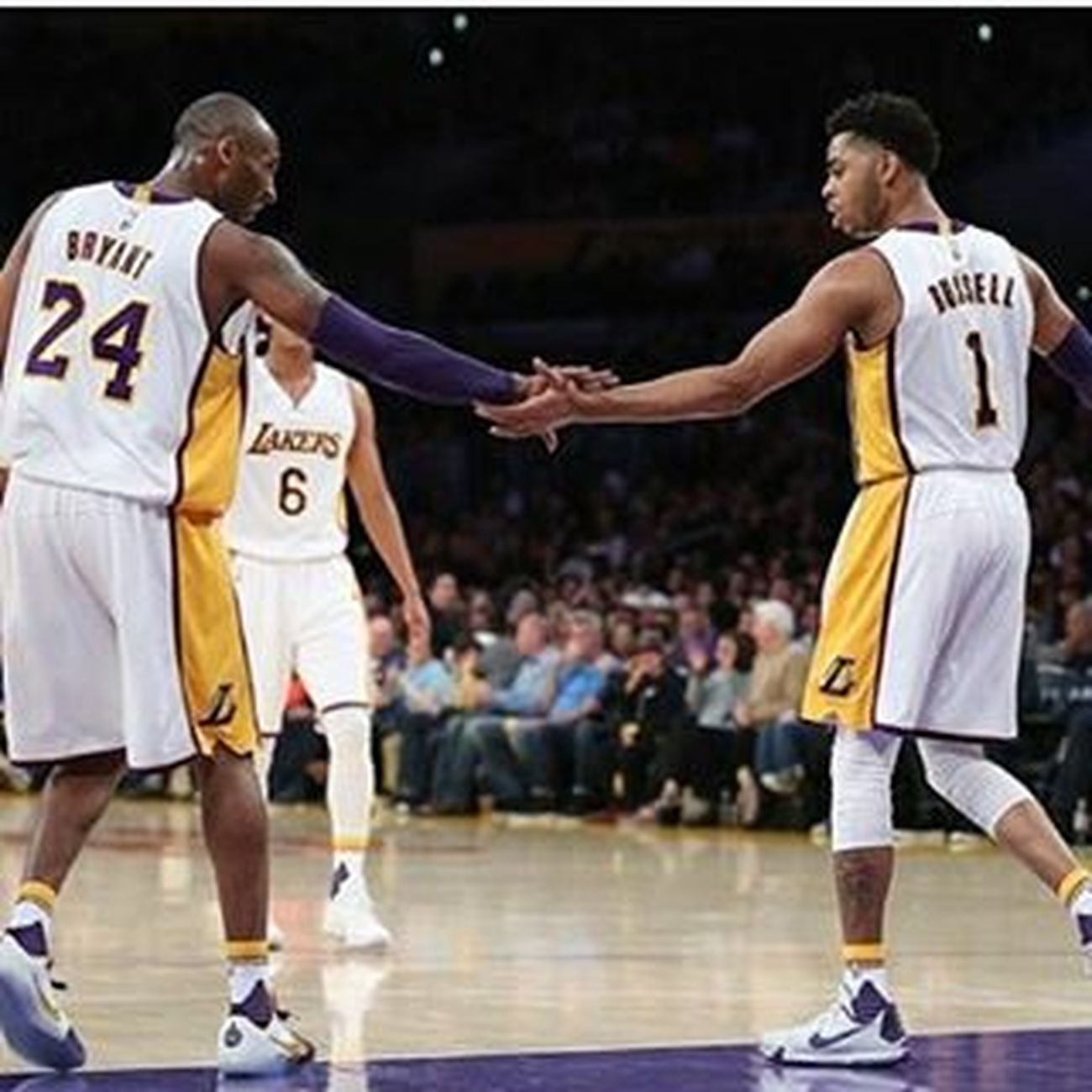 Lakers Love Armazing