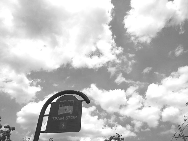 คิดถึงภาพ อาร์ท Mahidol University Sky And Clouds Thailand EyeEm Thailand Black And White Bus Stop Salaya