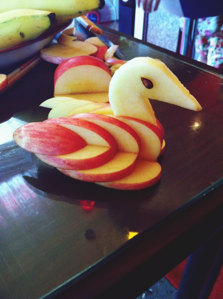 แอ๊ปเปิ้ล กลายเป็น เป็ด ^_^