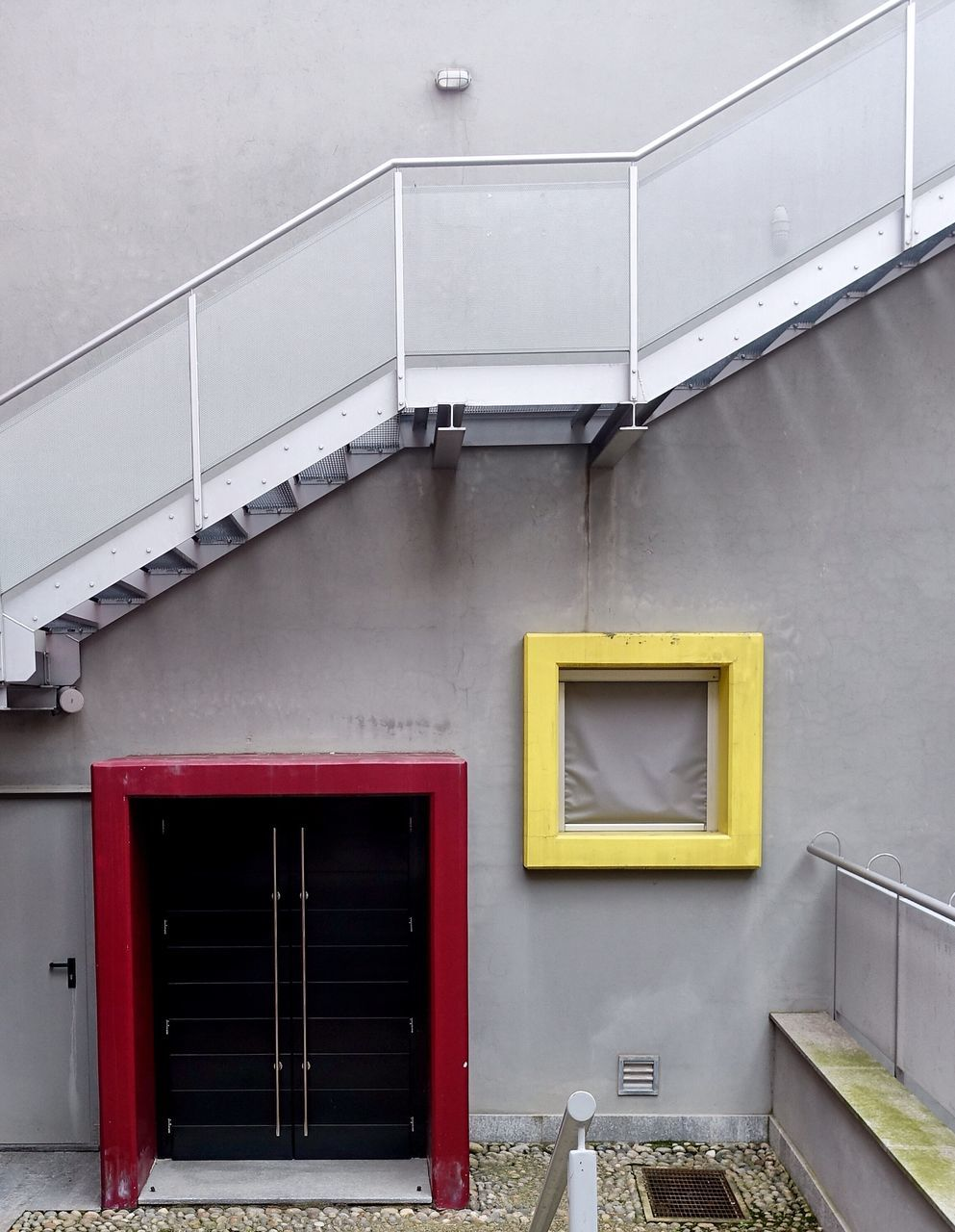 architecture, built structure, building exterior, no people, yellow, day, outdoors