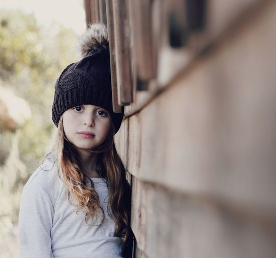 Winter Braun Girl