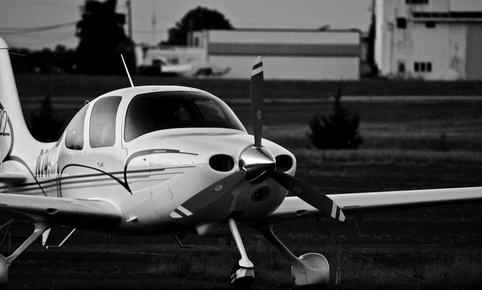 Transportation Mode Of Transport Old-fashioned Focus On Foreground Outdoors Day Vehicle Damaged Black & White New Jersey Nj Blackandwhite Monochrome Black And White Dark Plane Airplane Airport Njphotographer New Jersey Photography Monochrome Photography Travel Destinations Sky No People Journey