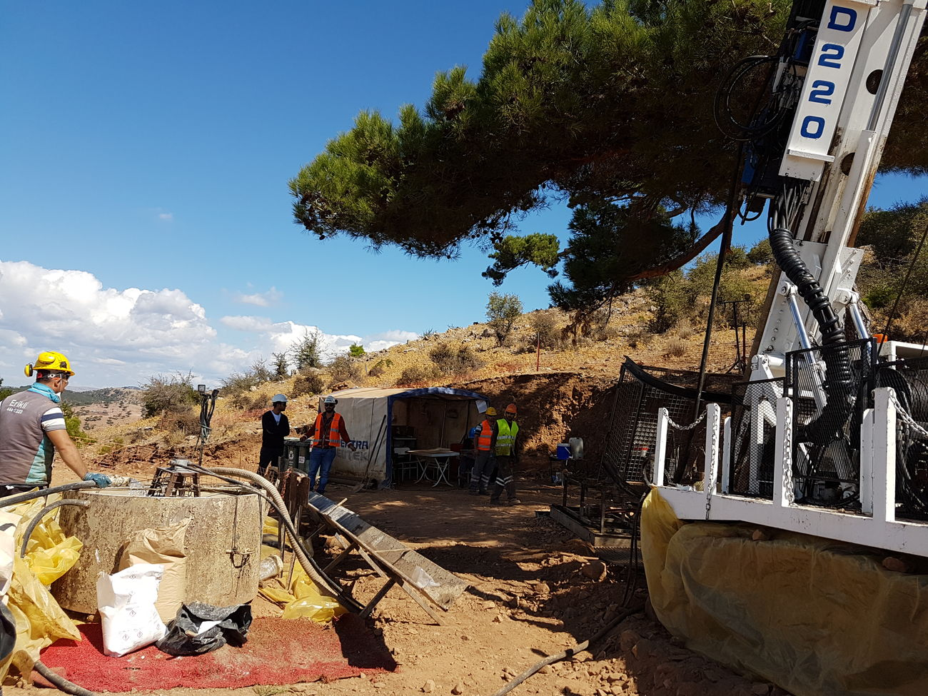 Drillteam Turkey Mining For Gold Building Exterior Mining Industry Best Drill Company Spektra Jeotek Best Company Nature Photography Mining Exploration Working People People Day Bestshot Tree Sunlight Blue Sky Sunny Day Outdoors Summer Cloud - Sky Town