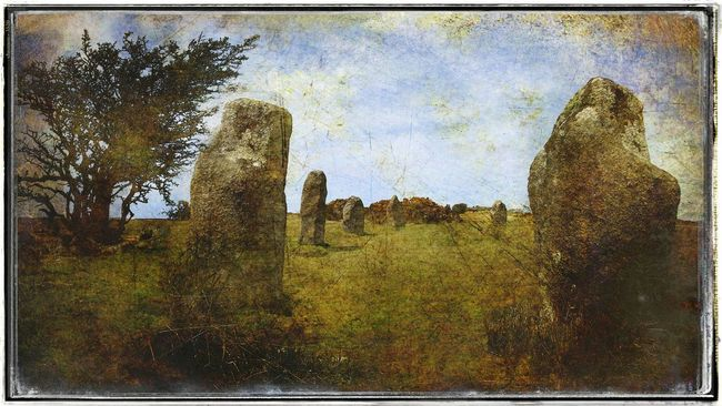 Standing Stones at Minions Cornwall Minions Stone Circle Ancient Monument The Hurlers Bodmin Moor Grunge Standing Stones Path To Nowhere Historic Site Ancient Ruins