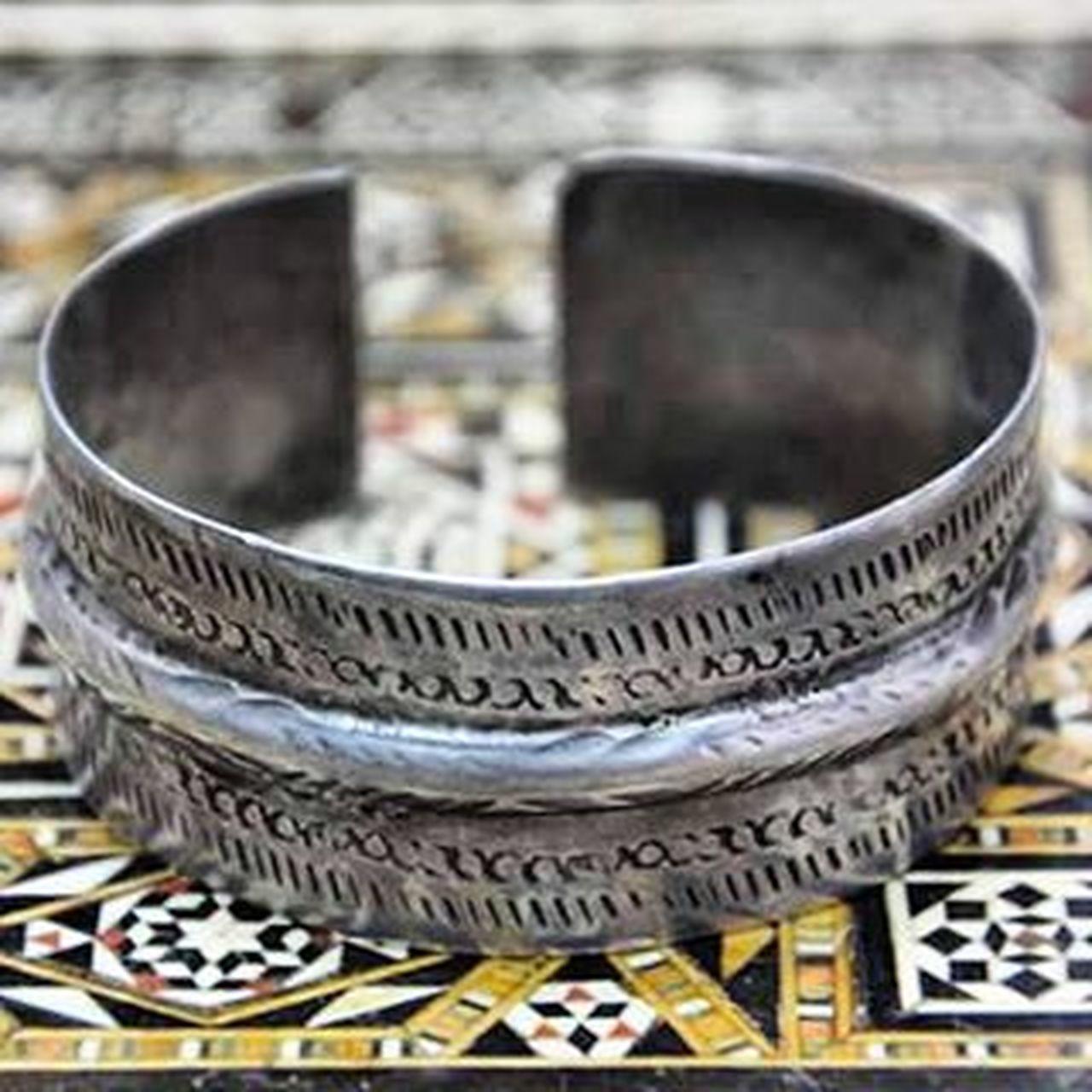 Carthagina Tunisia IgersTunisia Art Jewelry Wikilovesafrica Wlaf Migyass المقياس ... ظاهره واضح و بسيط وباطنه سحري و غامض و يدعوك للإكتشاف ! :)