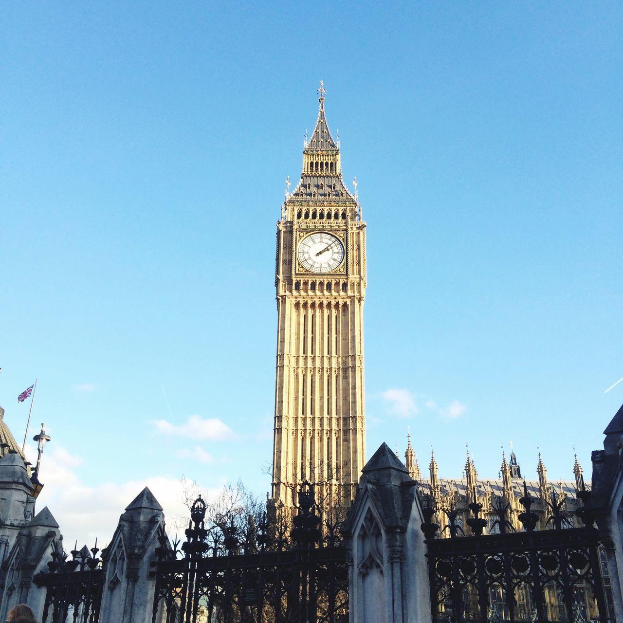 Big Ben London Londra 2015 Big Ben Big Bang Picoftheday Sky And Clouds Journey