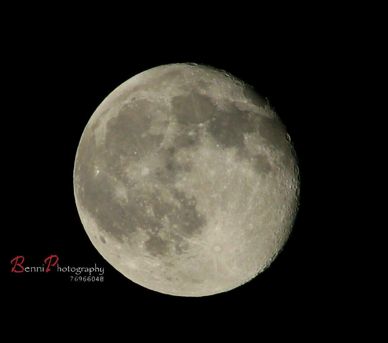 night, moon, moon surface, planetary moon, full moon, astronomy, circle, beauty in nature, majestic, space exploration, discovery, nature, scenics, dark, tranquility, low angle view, space, moonlight, half moon, no people, outdoors, clear sky, close-up, sky