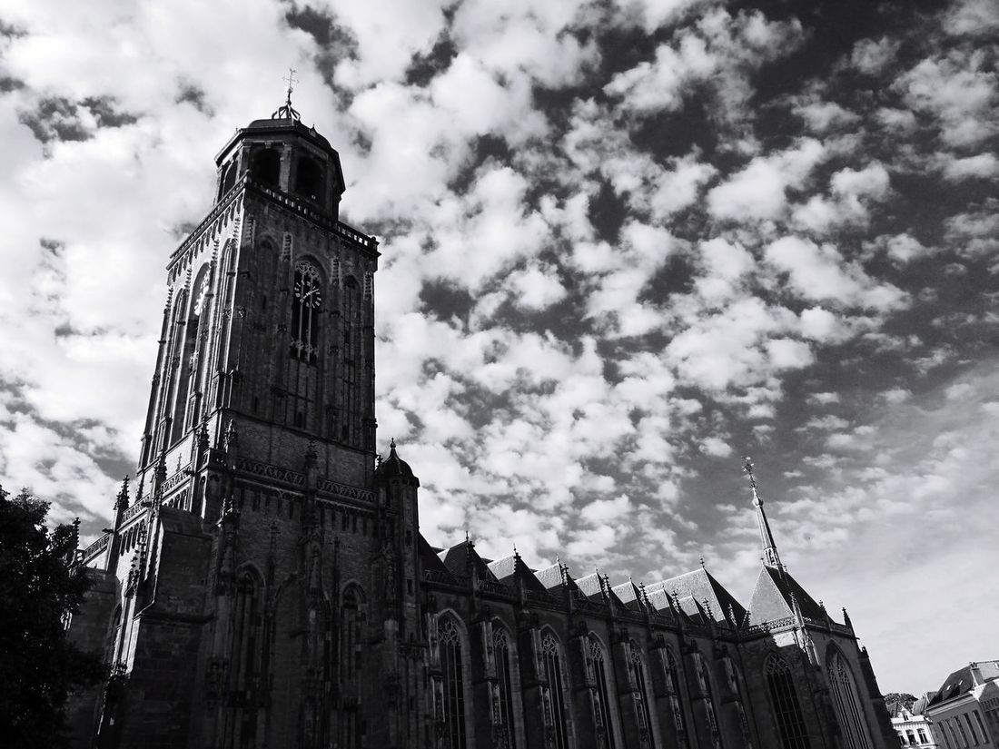 Architecture Cloud - Sky History Low Angle View Built Structure Tower Sky Outdoors Clock Tower EyeEm Summer EyeEm Gallery Eyeemphotography Scenics Deventer, The Netherlands The Street Photographer - 2017 EyeEm Awards Lebuinuskerk Sitting On A Couch Eating An Icecream Under The Beautiful Church
