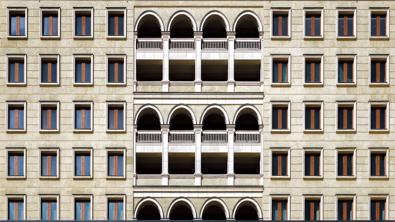 Architecture Arch Building Exterior Built Structure Window History Outdoors Façade Low Angle View Architectural Column Travel Destinations No People Day City Close-up