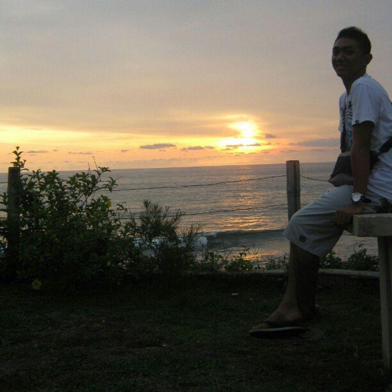Tanah Lot, Bali-Indonesia Instagram Instalike Instanesia Instaheart Instamood Instagraphy Instahub Instapic Instaweb Instandroid Instagood Sunset Bali Photooftheday Popular Trends Scenery Beautiful Loveit My Friend