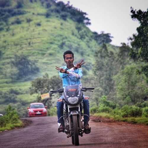 Photoshoot Kaaspathar Satara Friends Ride Bajaj Pulseras 150 Instalike Instaride Instagood Instadaily