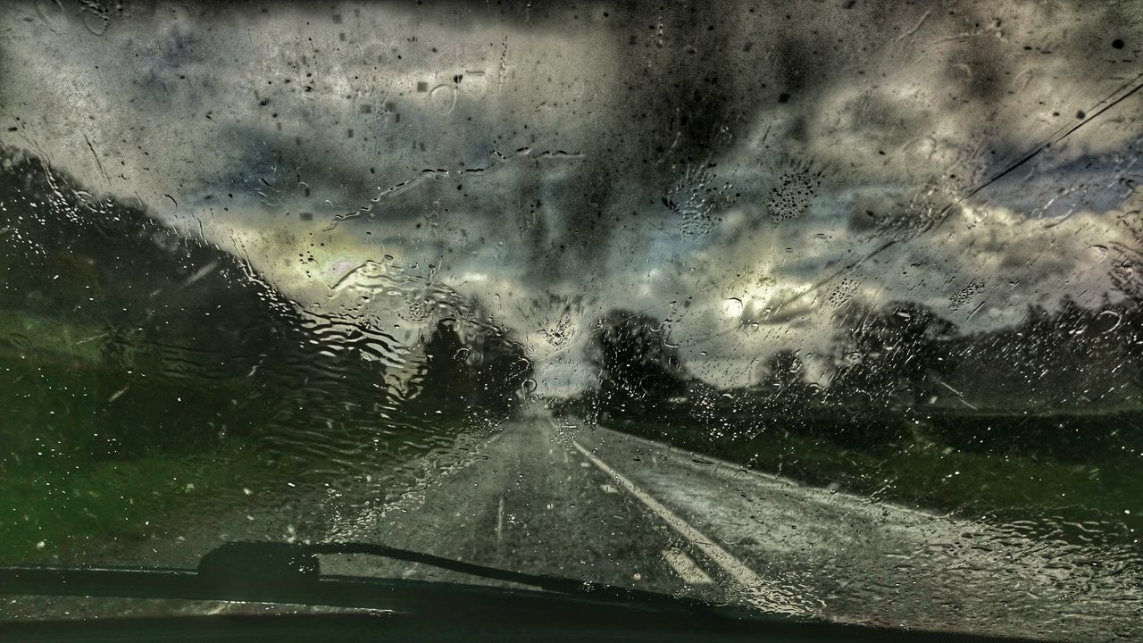 A483 Powys Weather #sky #outdoors #nature #photooftheday #picoftheday #photo #picture #pic #place #earth #world #москва #россия #night Storm Cloud Driving Into The Storm Driving To Work Rainy Days Wales You Beauty Stormy Weather Windscreen Wiper Rain On My Car Rain ♥ Rain On My Windshield Rain On My Windscreen Poor Visibility Driving Through The Hills Driving