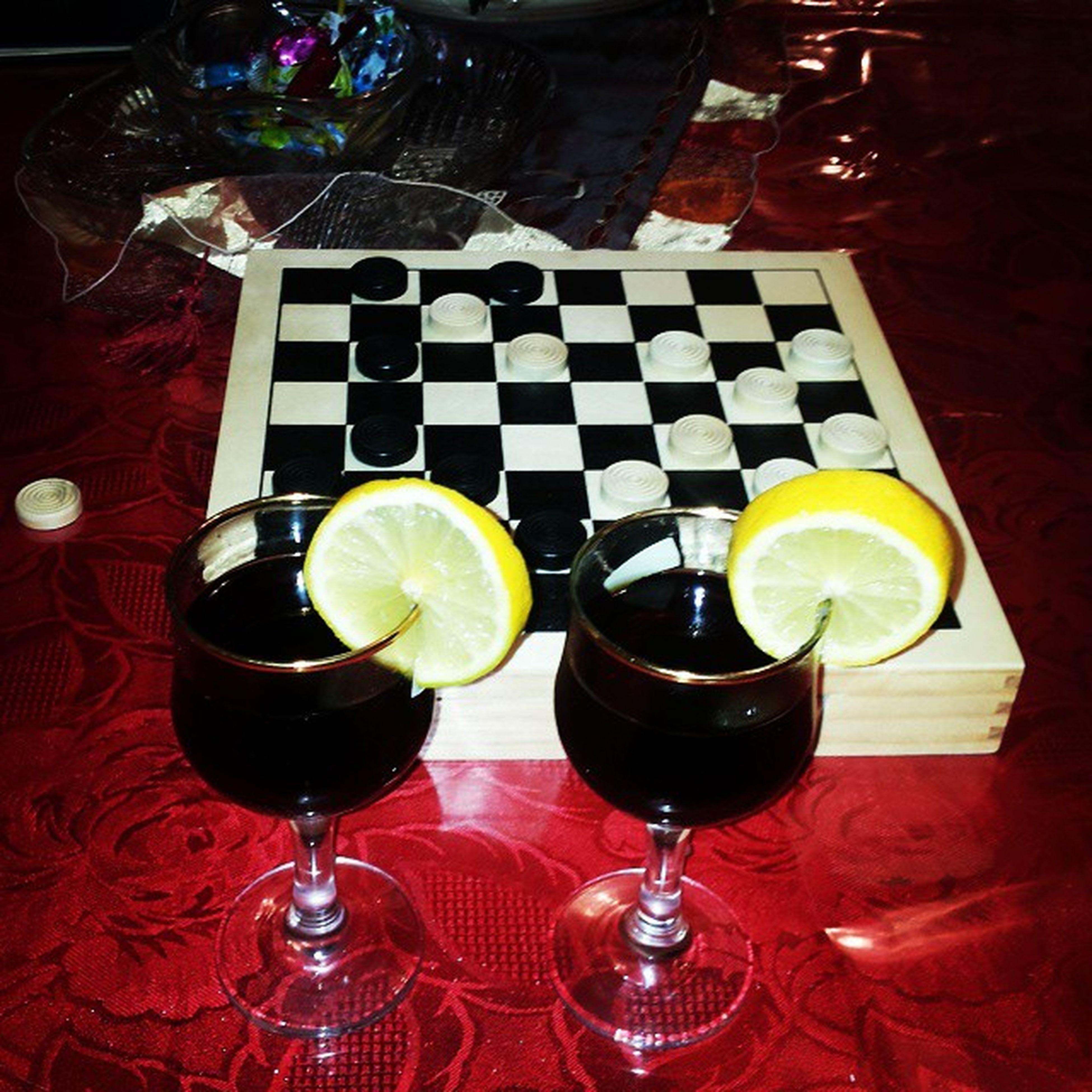 Drink Time Dama Pedine Bianconero Limone Cocacola Christmas Family Love