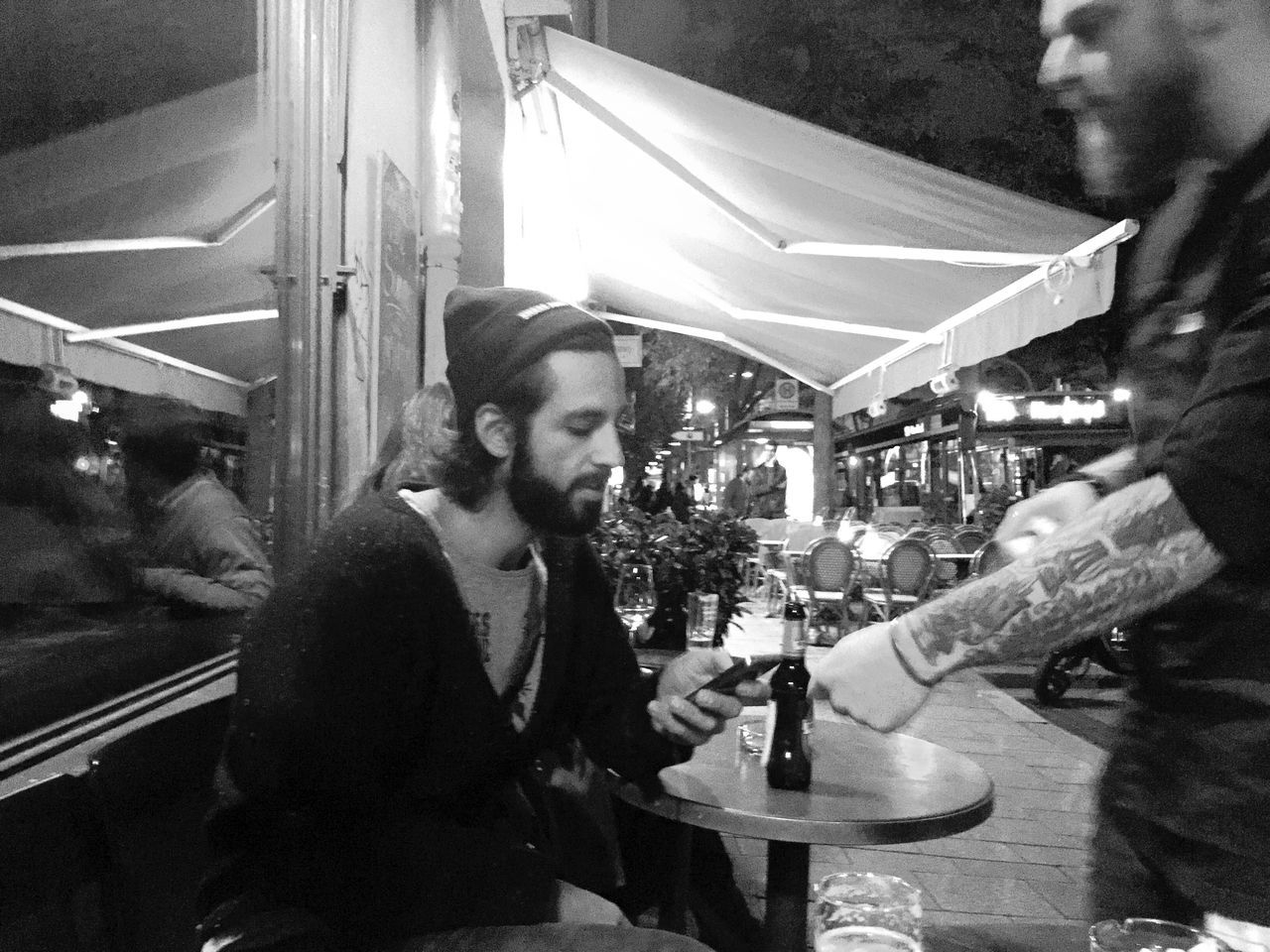 Drinks Nightlife Streetphotography Hanging Out Cocktails Meeting Friends