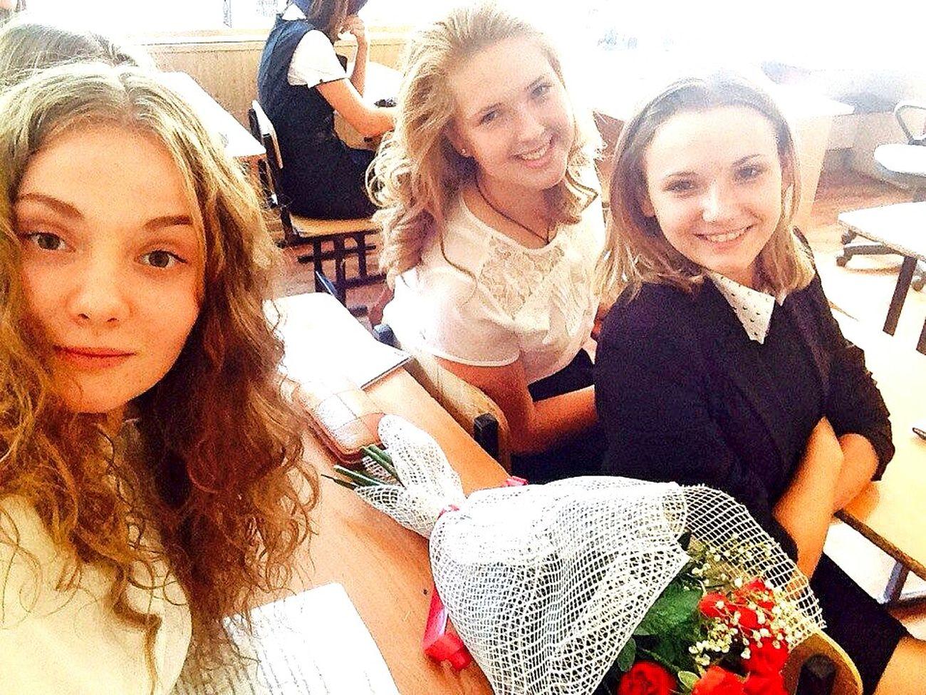 1сентября школьницы