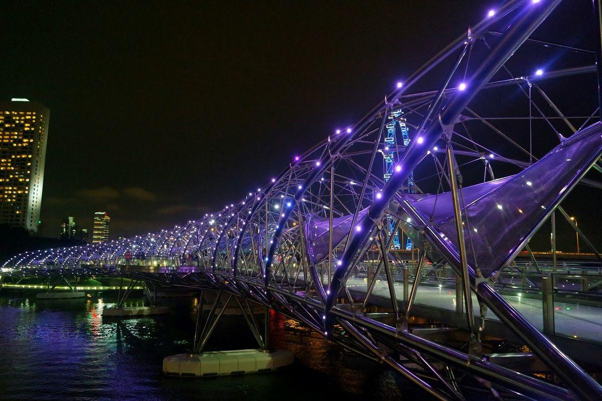 Helix bridge other side Singapore View Singapore Helix Bridge Night Lights Night View Night View Of Bridge