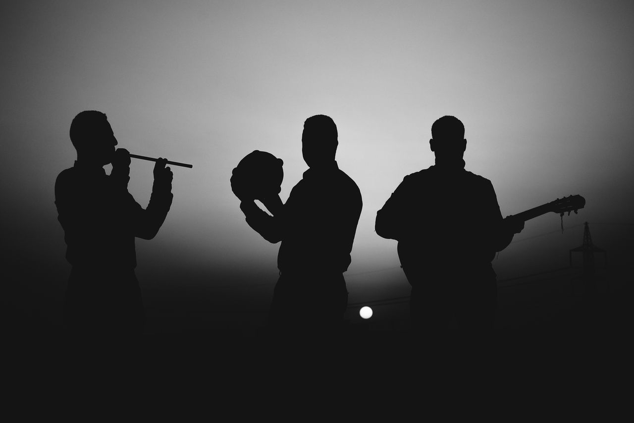 Blackandwhite Music Brings Us Together Bnw_silhouettes Drum Easter Ready EyeEm Best Shots Flute Guitar Learn & Shoot: Balancing Elements The Portraitist - 2016 EyeEm Awards Medium Group Of People Monoart Music Music Band Photography Populer Photos Silhouette Sunset Togetherness Things I Like Telling Stories Differently Fine Art Photography People And Places Welcome To Black Art Is Everywhere