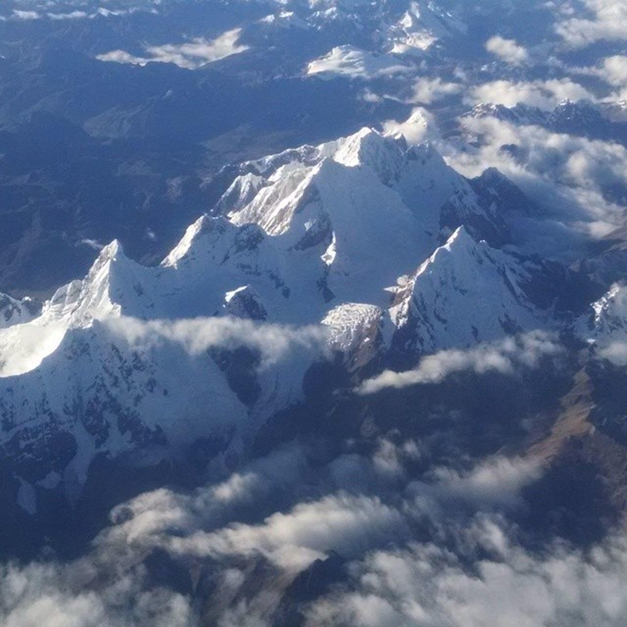 La imponente cordillera de los Andes. Andes Andesmountains Mountains Mountain Snow Mountain View Mountains Snow ❄
