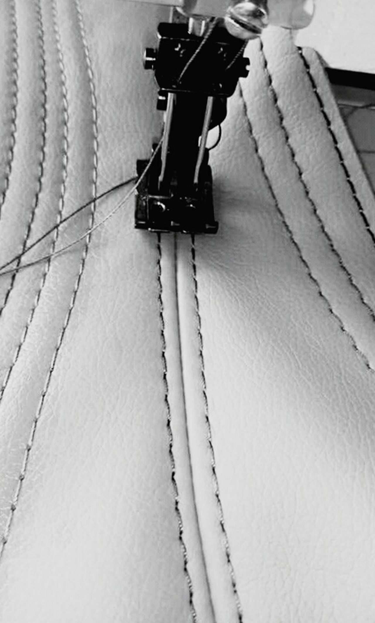 Maquina De Costura Coser Blackandwhite Black And White Black & White Blackandwhite Photography Black And White Photography Black&white Black And White Collection  Black And White Portrait Blanco Y Negro Blancoynegro Blanco & Negro  Blanckandwhite