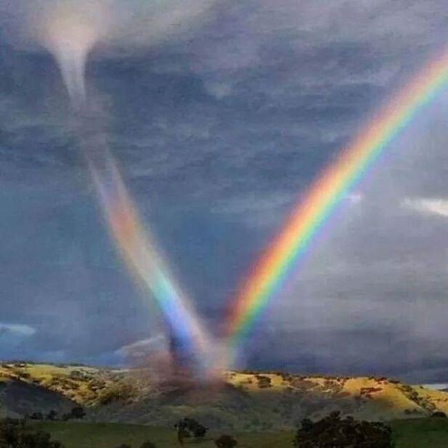 RainbowMeetsTwister Beautiful Fierce Mothernature
