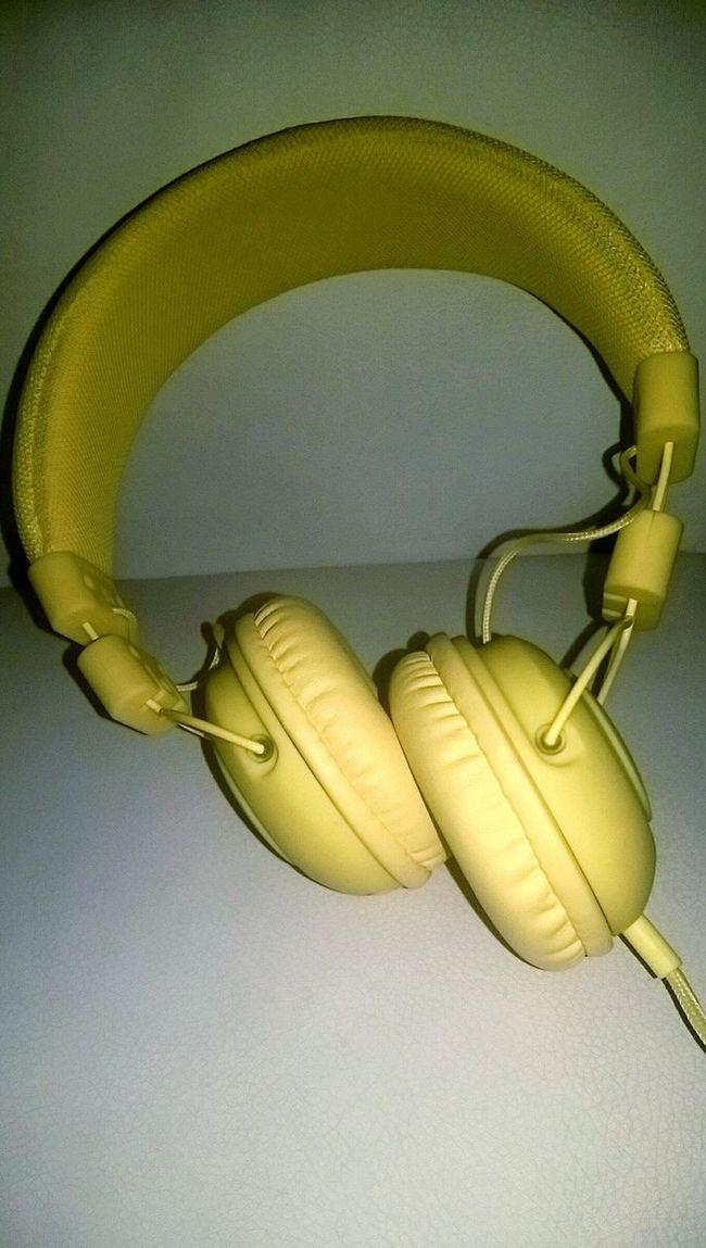 Music Sound Acsessories Yellow Beautiful Casualphoto