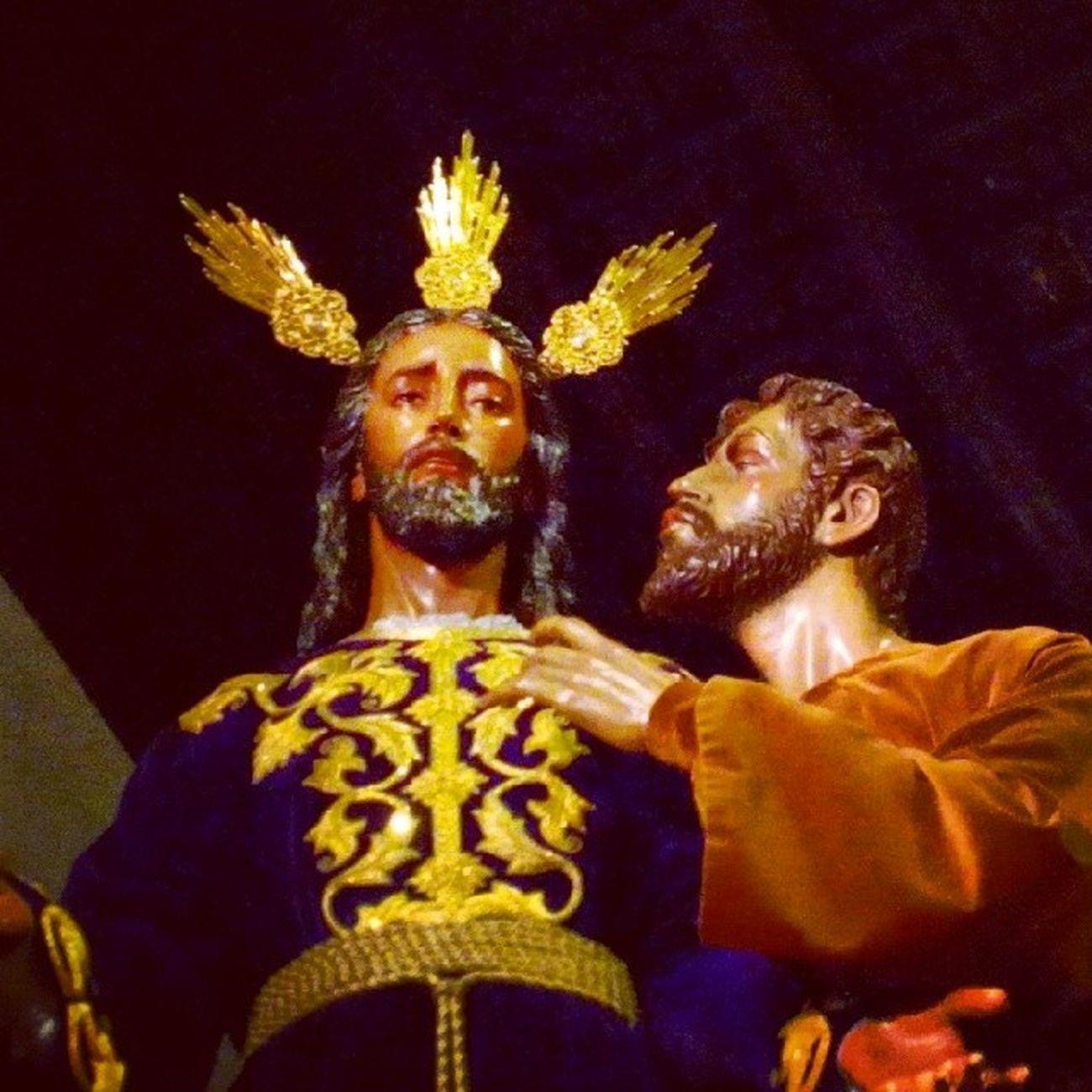 Redenci ón BesodeJudas Sevillahoy Cuaresma2014