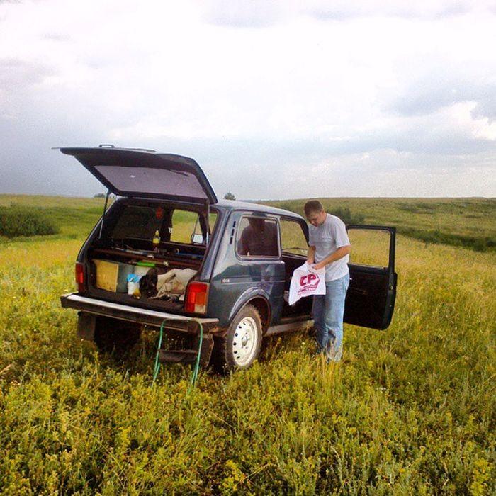 на рыбалке:-) Машина нива автомобиль лето летом природа photorussia_daily photorussia