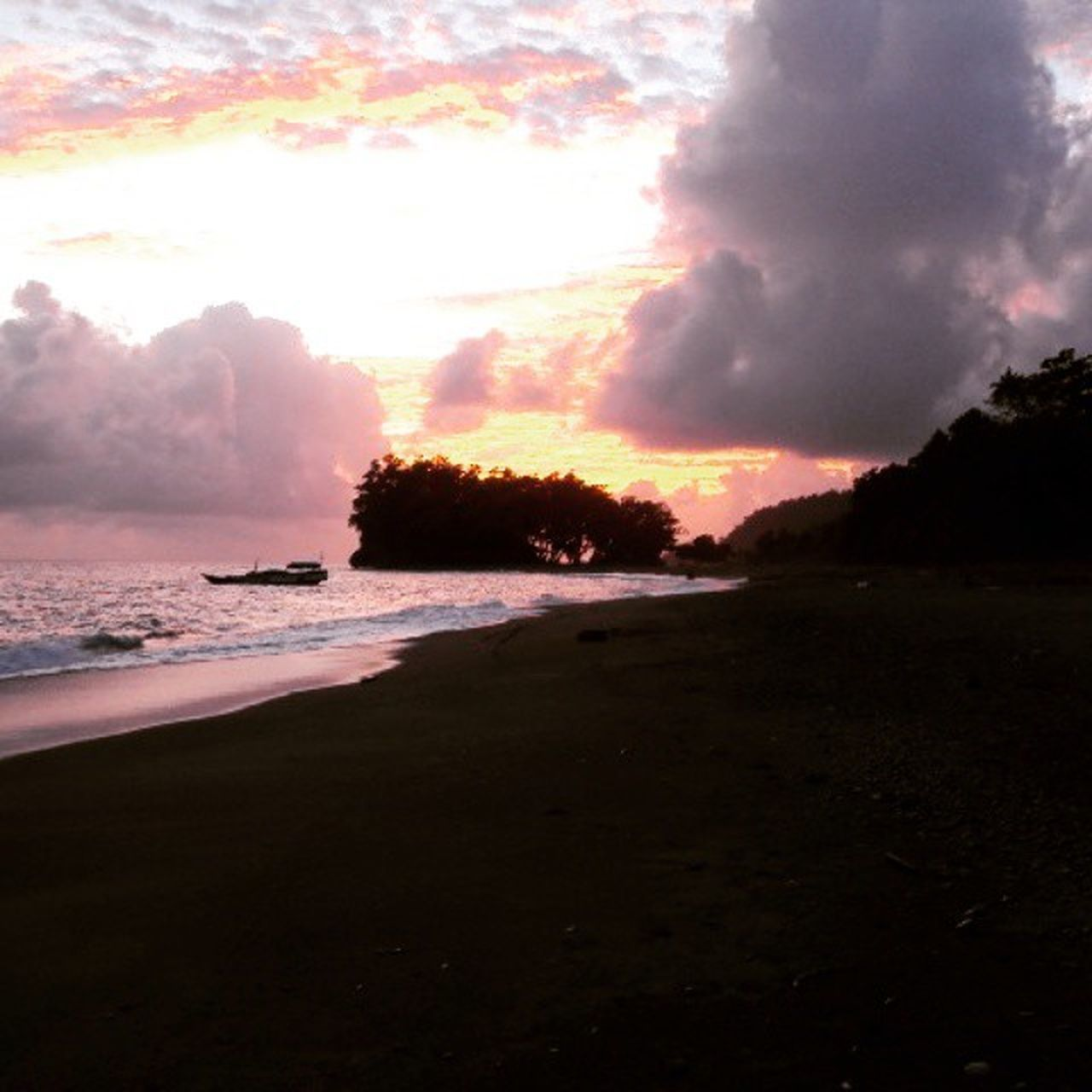 sea, sunset, beach, nature, sky, water, no people, silhouette, sun, scenics, sand, beauty in nature, outdoors, landscape, day