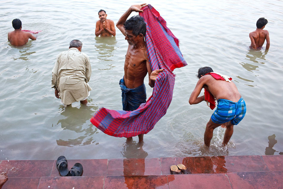 A morning bath in Hooghly River near Howrah Bridge in Kolkata, India. People Travel India Street Photography Kolkata River Hooghly Bath Bathing