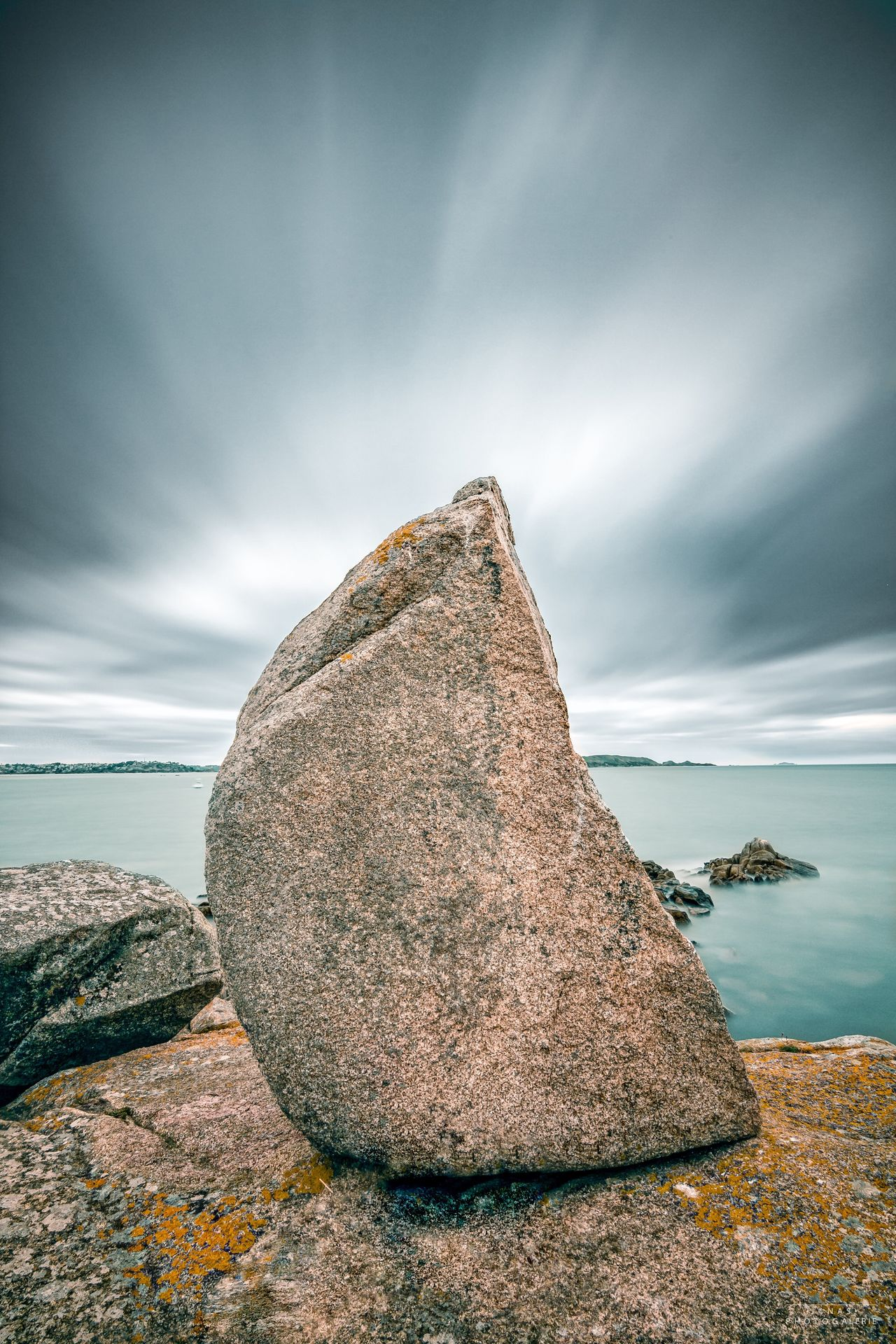 Menhir Rock - Object Sea Nature Horizon Over Water Tranquility Sky Scenics Tranquil Scene Beauty In Nature Day Water Outdoors Cloud - Sky No People Bretagne Beach Bretagnetourisme Bretagne My Love