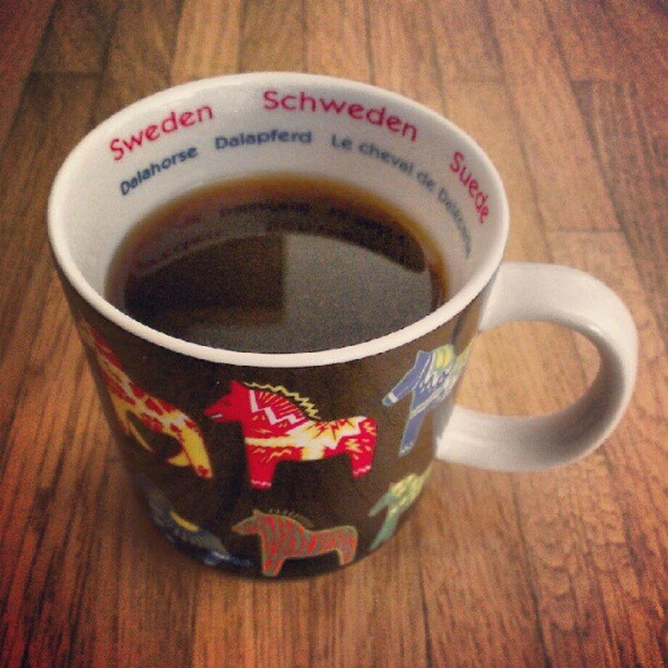 Afternoon coffee with original Swedish mugs, thanks to AndreasSjostrom! #CoffeeTweet #TdDE Coffeetweet Tdde