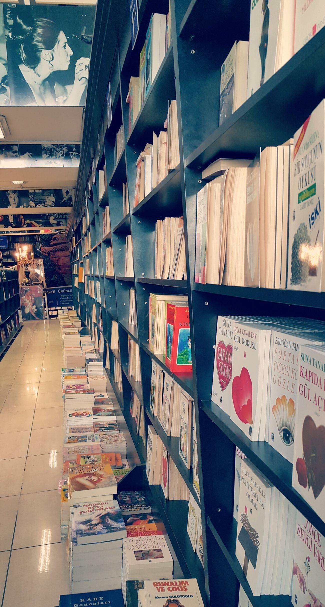 Kabalcı Kitapevi - Kadıköy. Keyifli zaman gecirilecek hoş bir yer. Eyemturkey Eyemphotography Taking Photos Turkiyem Bookphoto Kitap Kitapkurdu Kadikoy Kitapkokusu Bookslover Books Bookshelves Bookstore Bookshelf Bookstagram