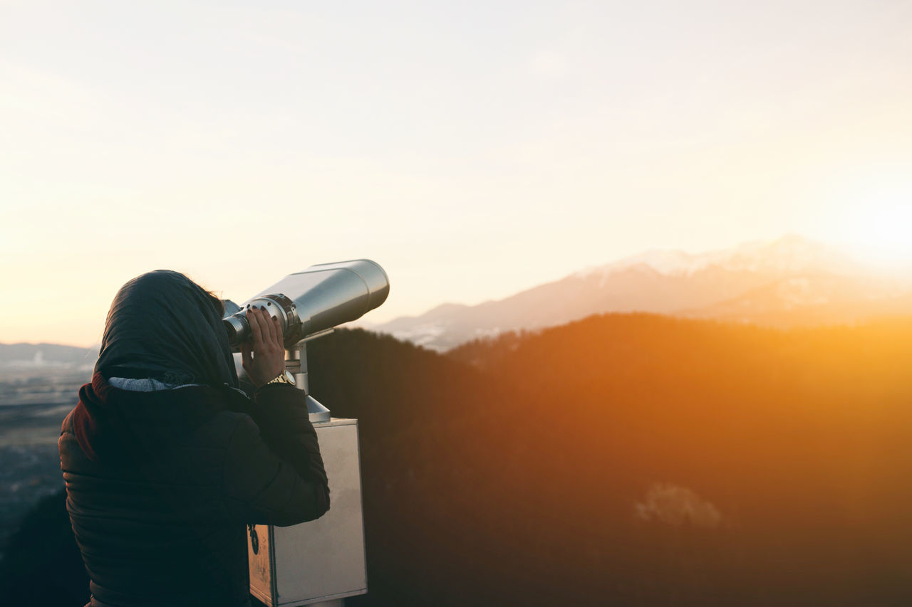 Beauty In Nature Binoculars Coin Operated Day Girl Mid Adult Mountain Nature People People Watching Photography Themes Scenics Sky Sunlight Sunset Sunset_collection Technology Telescope Travel View View From The Top Vintage Waist Up Women Wonderlust Women Around The World