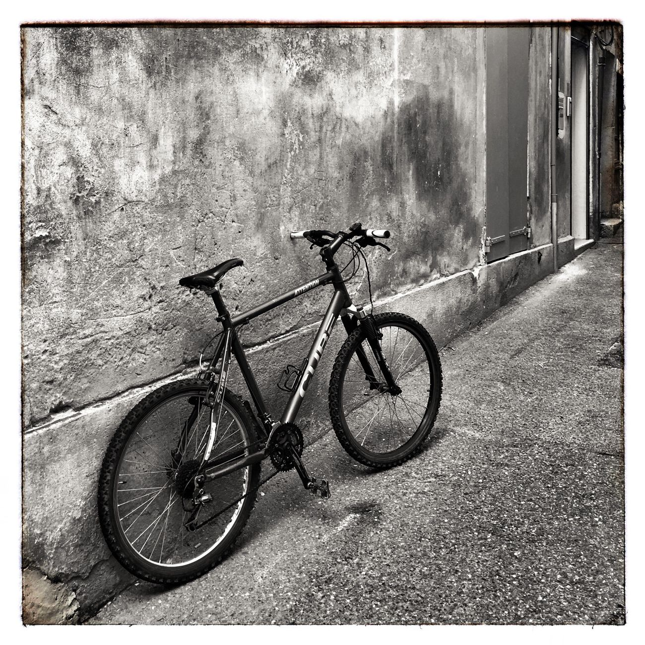 Blackandwhite Blackandwhite Photography Monochrome Monochrome Photography Bicycle Transportation Day Stationary No People Land Vehicle Outdoors